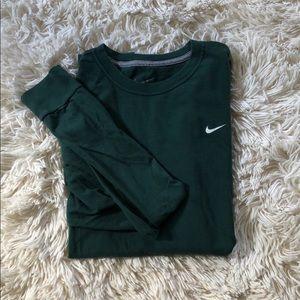 Nike Standard Fit Long Sleeve